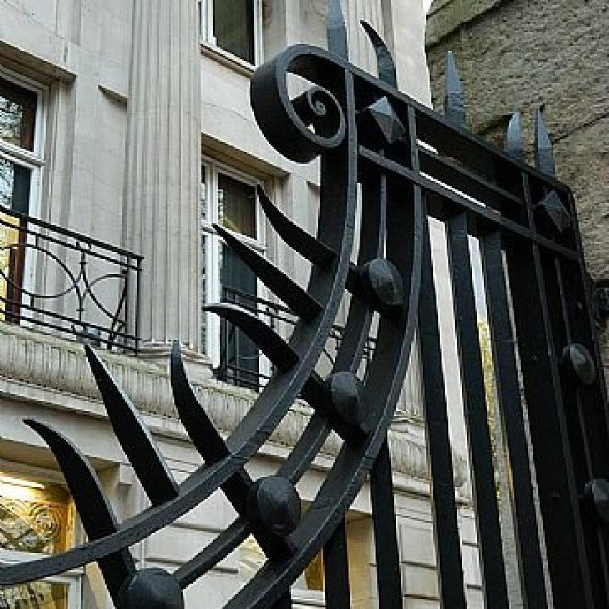 Restoration Heritage Cast & Wrought Iron Railings & Gates