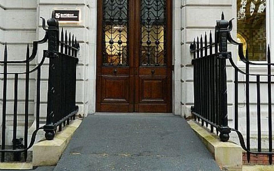 Heritage Cast & Wrought Iron railings - RCGP London