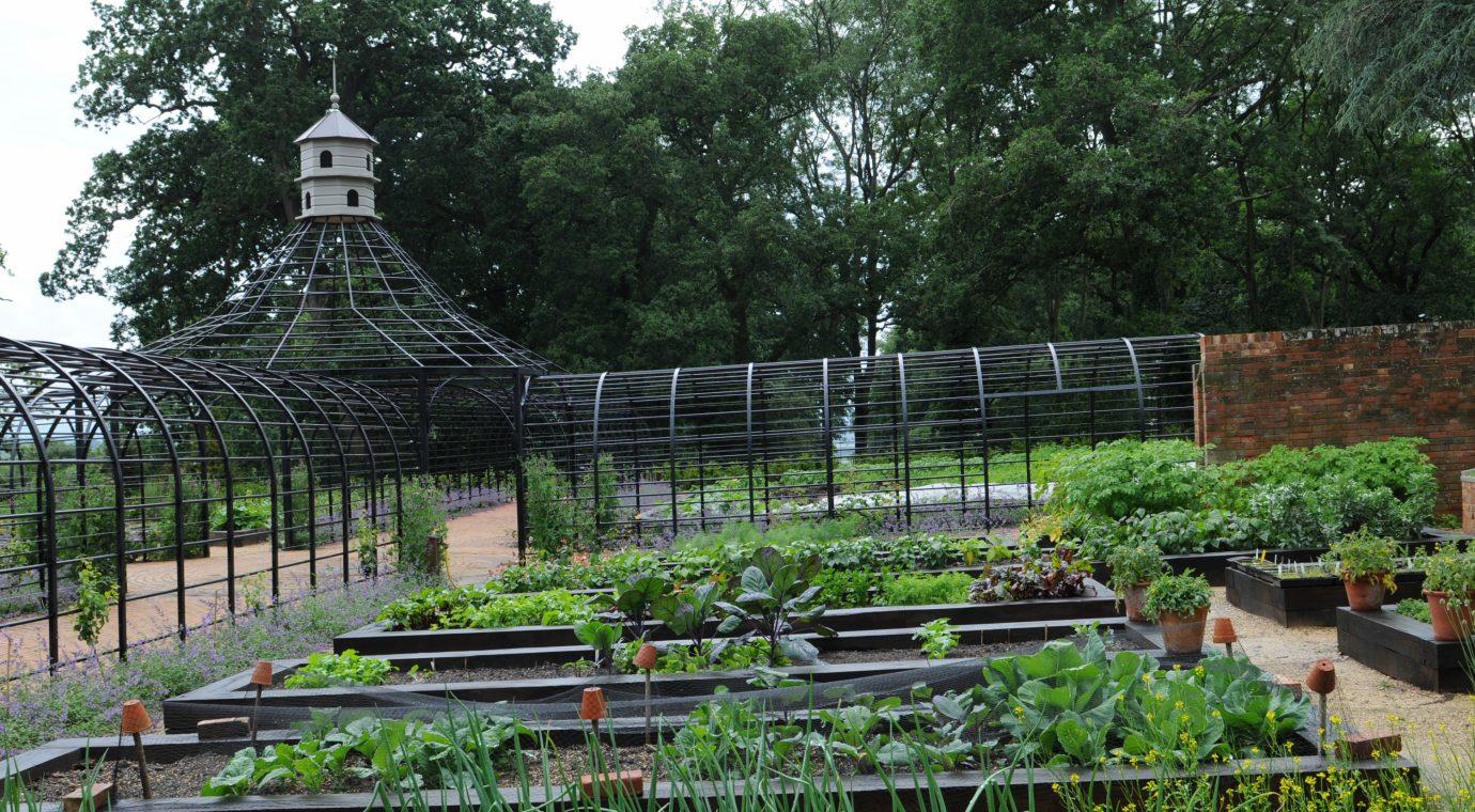 Impressive Metal Garden Arbour